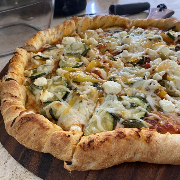 McGeeza's Original Veggie + Cheese Pizza Pie